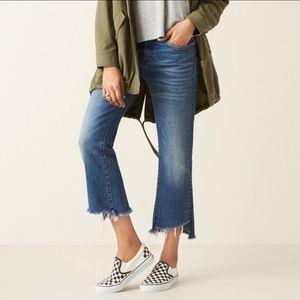 BLANK NYC Kick Flare cropped raw hem jeans size 28